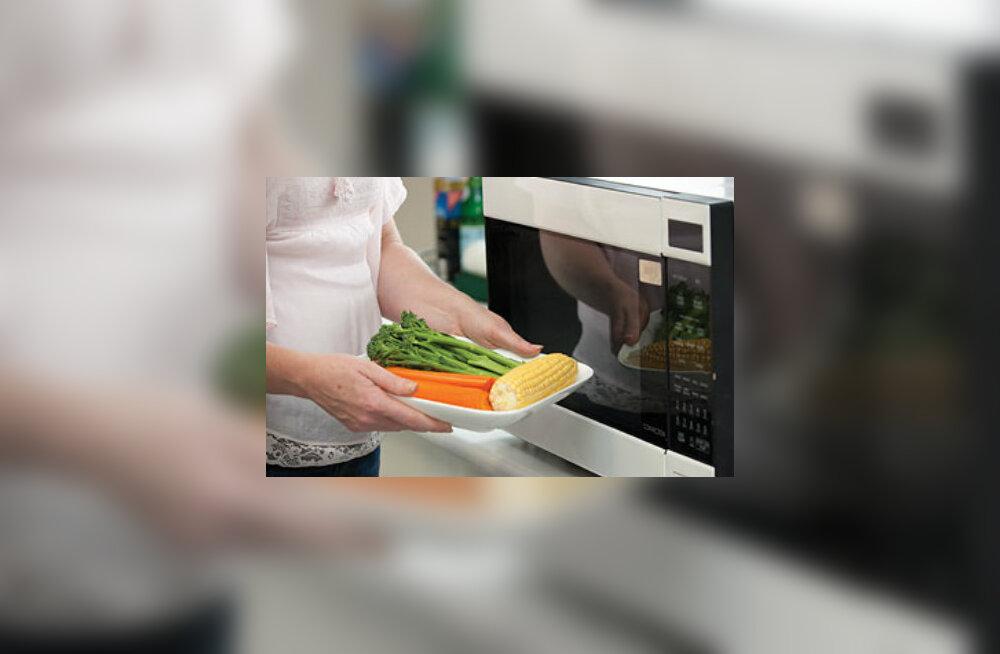Mikrolaineahi kahjustab toitu