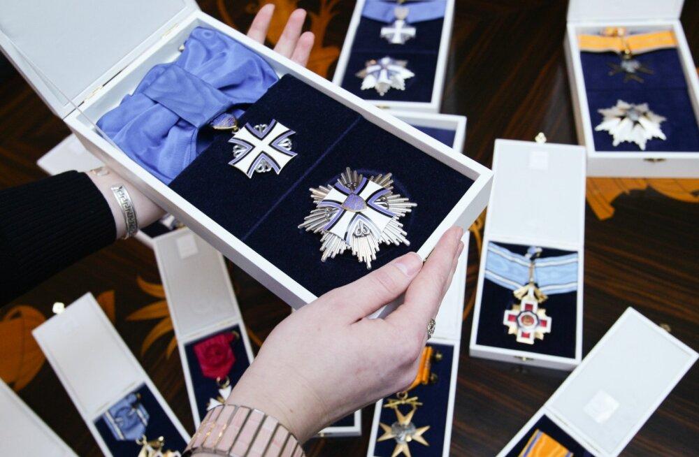 Читайте, кому из видных русскоязычных деятелей в Эстонии читатели Delfi предложили дать ордена