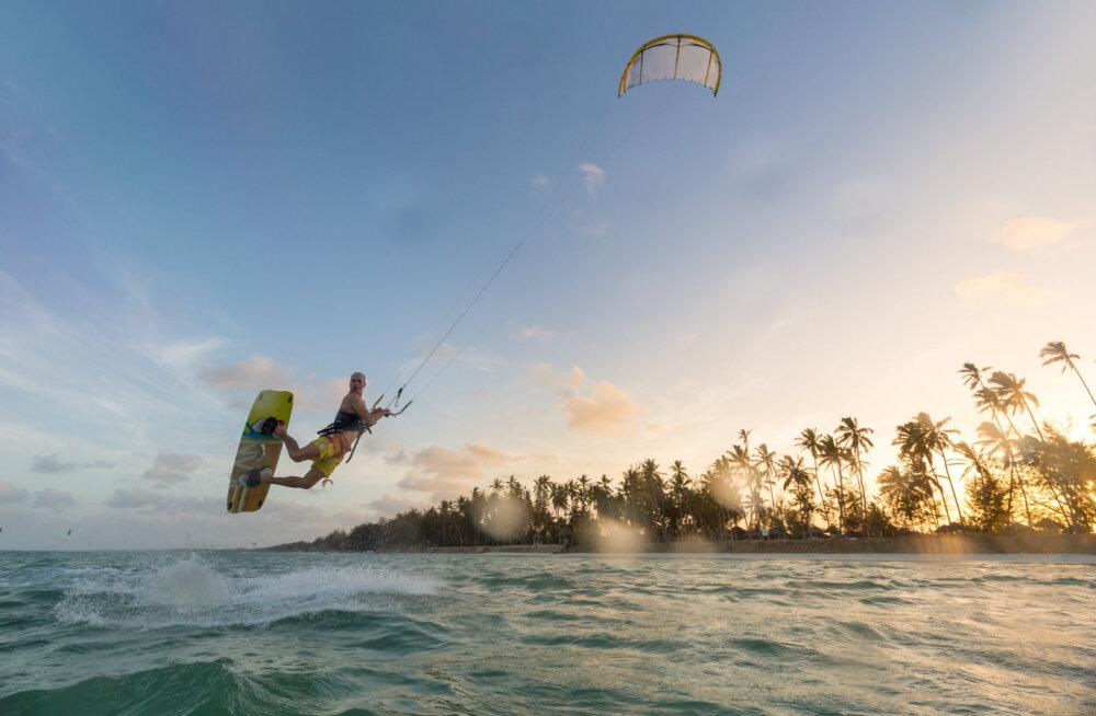 Oma ala eksperdid soovitavad: parimad paigad, kus surfipuhkust veeta