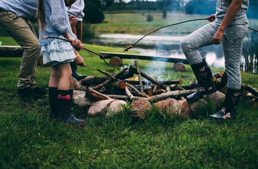 Õhtune ajaviide | Kuidas teha vurriga tuld nii, et käed villis ei oleks!