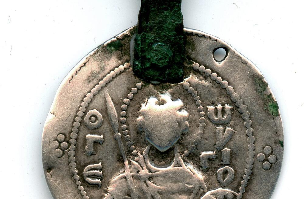 RAHA LUGU: Jaroslav Targa ligi 1000 aasta vanused mündid on ühed maailma haruldaseimad ning kolmandik neist on leitud Eestist!