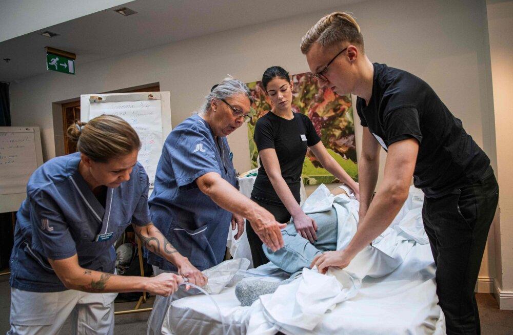 Rootsi tühistab koroonaviirusega nakatumiste vähenemise tõttu hooldekodude külastuskeelu