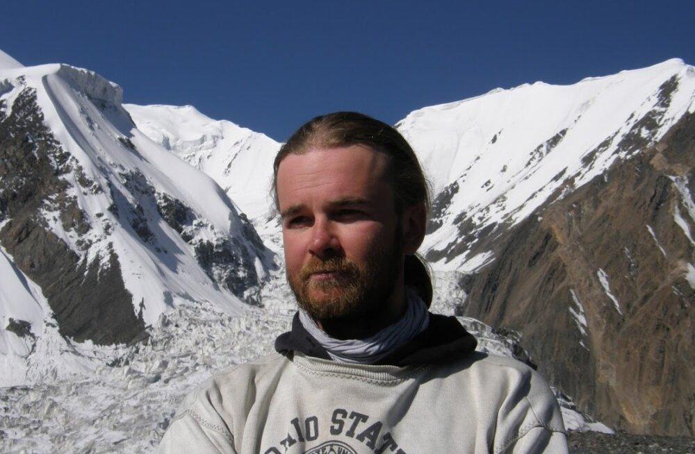 MATKAJUHILT HARRASTAJALE: Fred Viidul: matk õpetab orienteeruma ka iseendas!