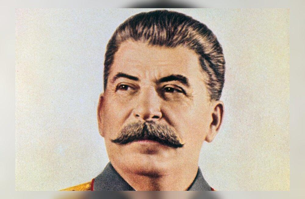 Täna ajaloos: Stalin koliti Lenini kõrvalt minema
