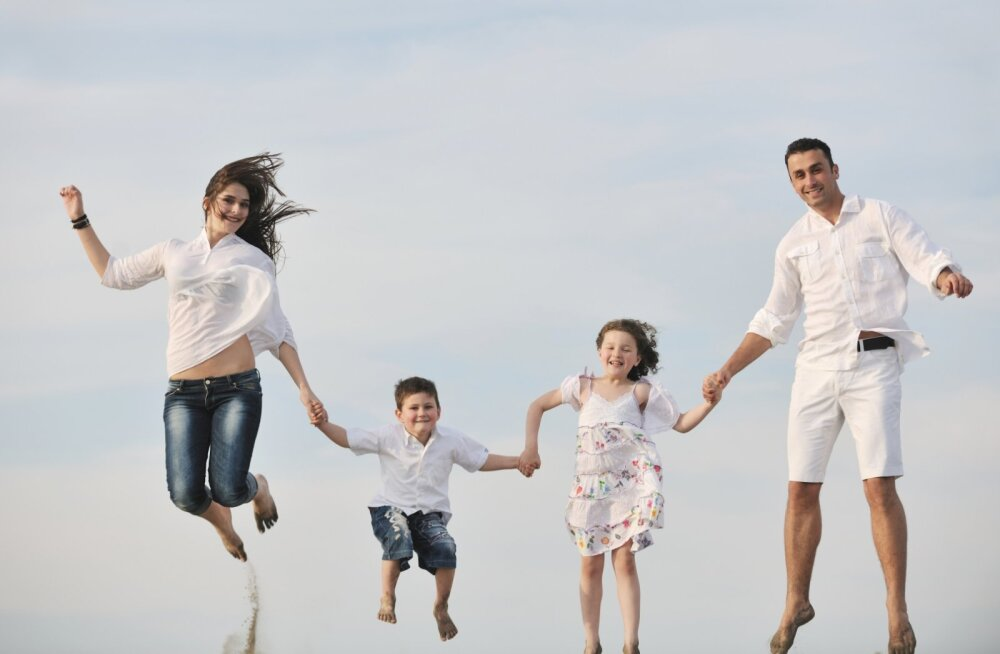 Muuda tähtpäev kosmiliselt eriliseks: mida taevakaardid isadepäevaks soovitavad?