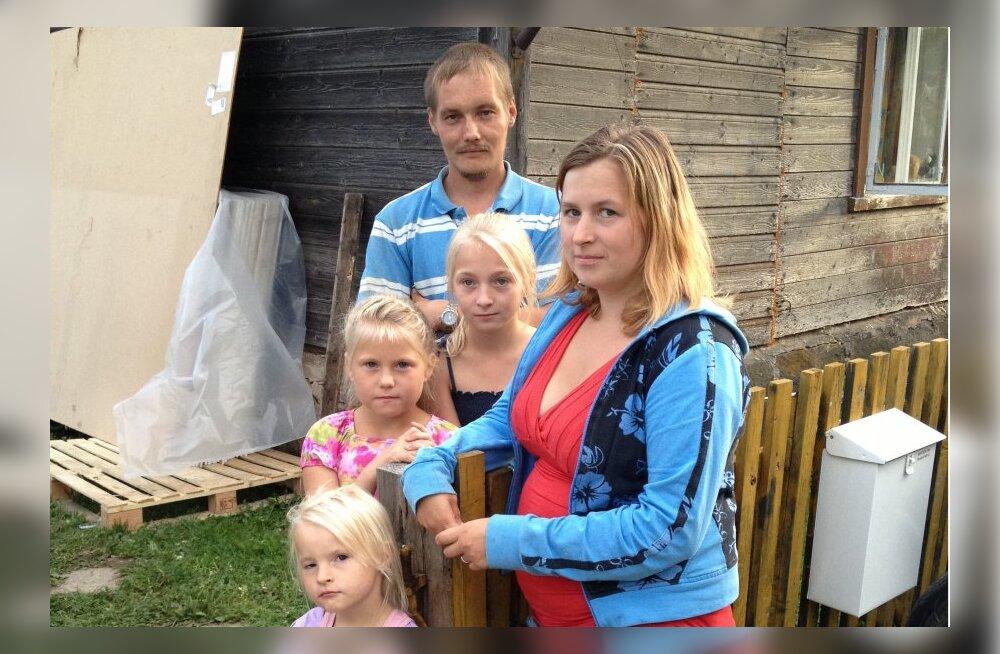 """""""Kodutunne"""" aitab raske minevikuga seitsmeliikmelist perekonda"""