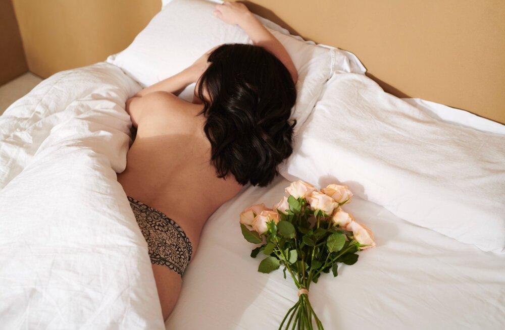 Kui sa ei suuda voodis orgasmini jõuda, siis lõpeta oma mehe süüdistamine ja otsi põhjust nendest teguritest