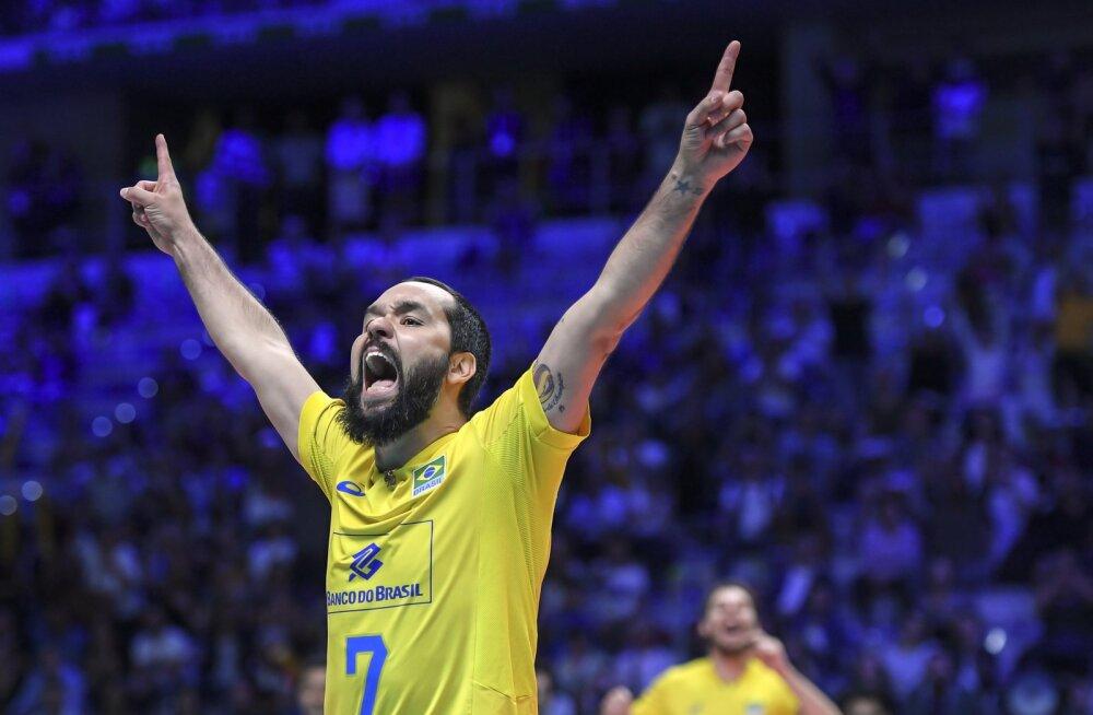 Brasiilia alistas võrkpalli MM-il 0:2 kaotusseisust Venemaa, Serbia üllatas Itaaliat