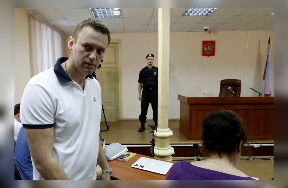 Prokurör nõuab Navalnõile kuueaastast vangistust