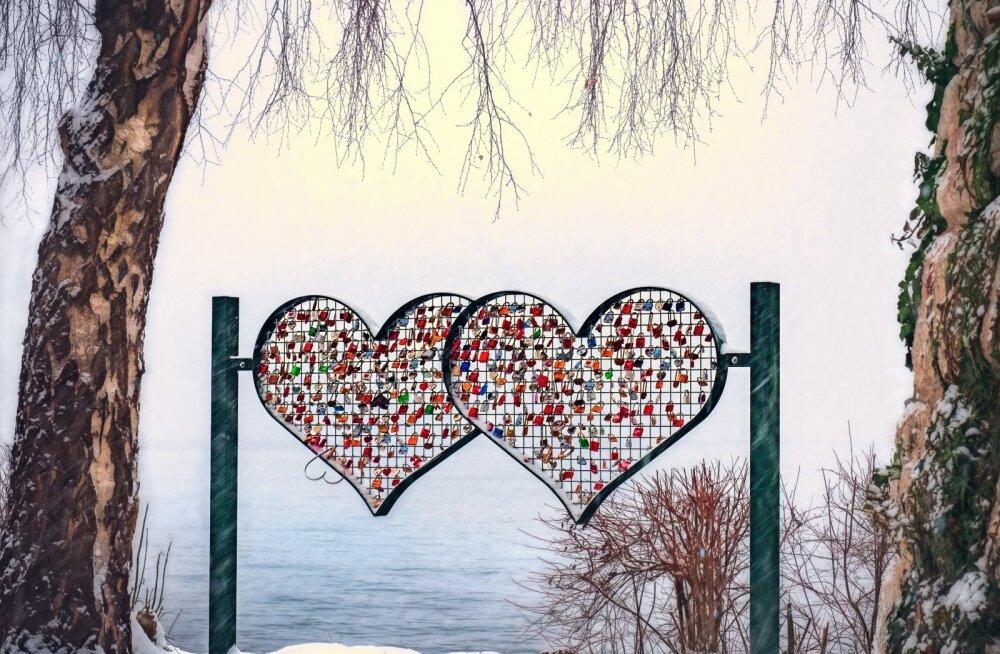Neli viga, mida teevad inimesed, kes tunnevad, et armastus hakkab otsa saama