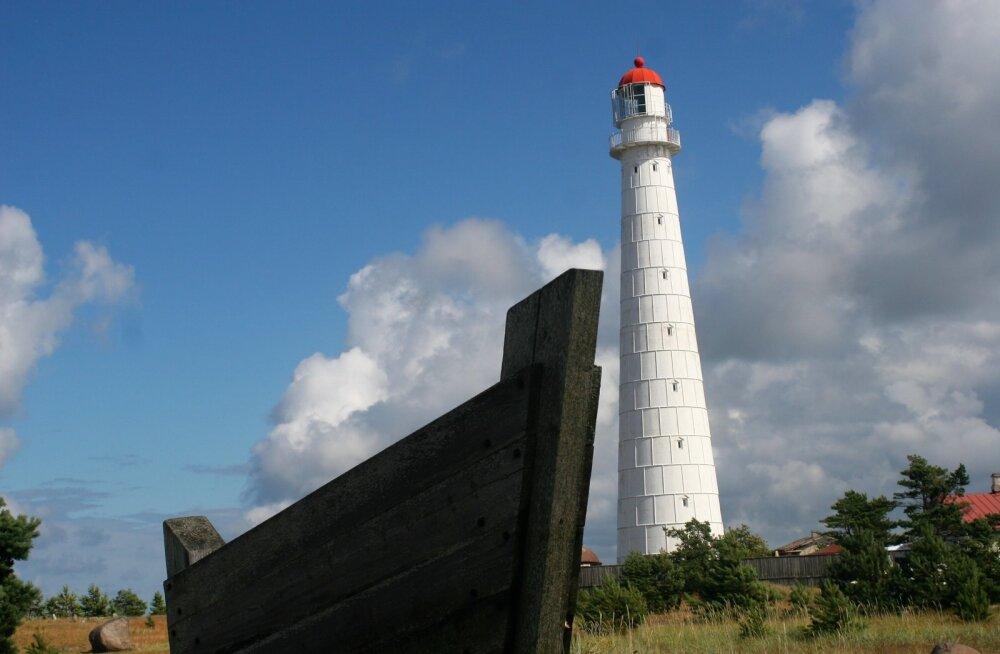 Tahkuna tuletorn on külastajatele avatud 1. maist 15. septembrini.