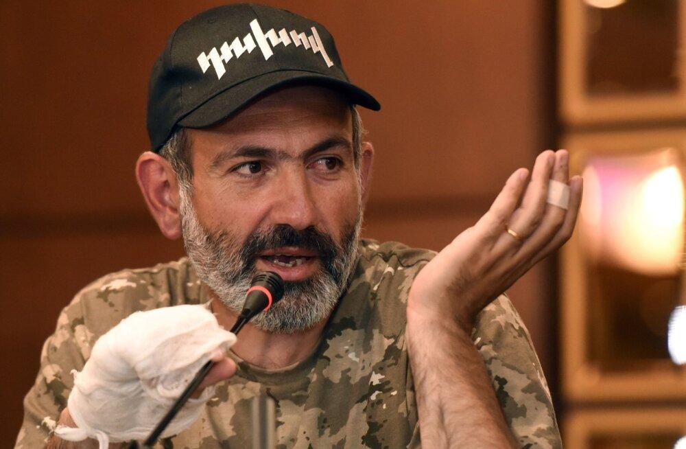 Armeenia protestiliikumise juht seati üles peaministrikandidaadiks, kuid poolthääli parlamandis ei piisa