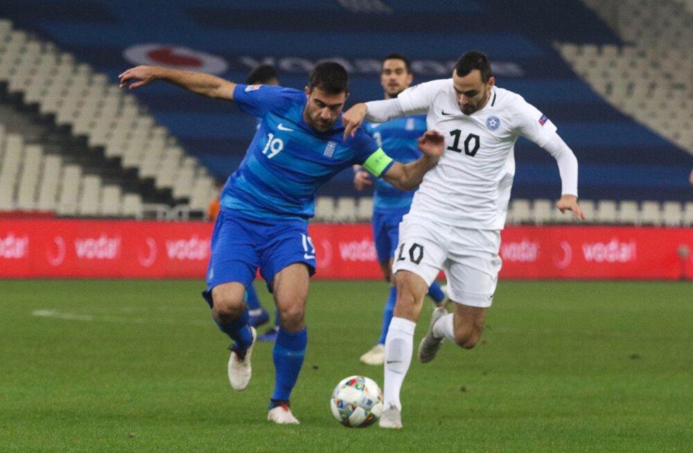 Sergei Zenjov (paremal) on kõige nimekam mängija, kes on sel talvel Eesti liigasse naasnud.