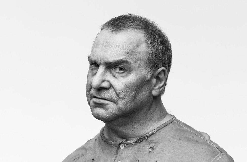 Eesti rahva igavene küsimus: kuidas mäletada Konstantin Pätsi? Kangelasena või vaikiva alistujana?