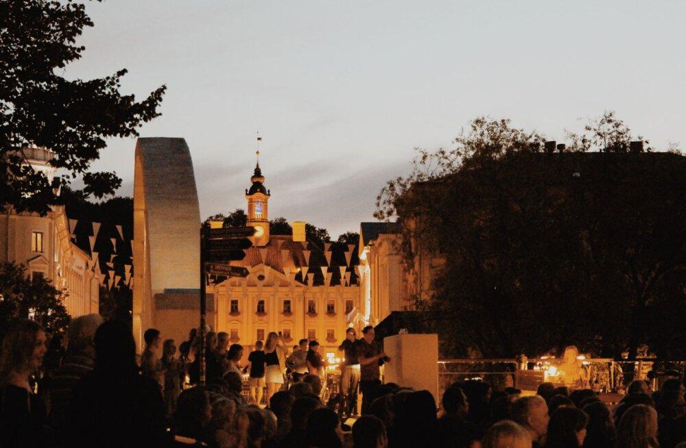Emajõe suvekontserdid kutsuvad tasuta kontsertidele Emajõe ääres