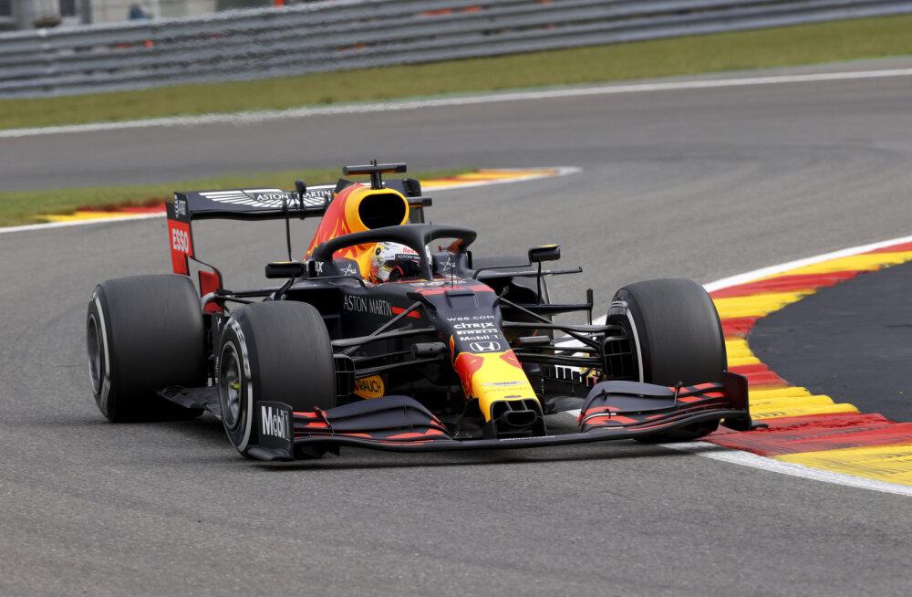 Verstappen oli teise vabatreeningu kiireim, Ferrari jäi esikümnest kaugele