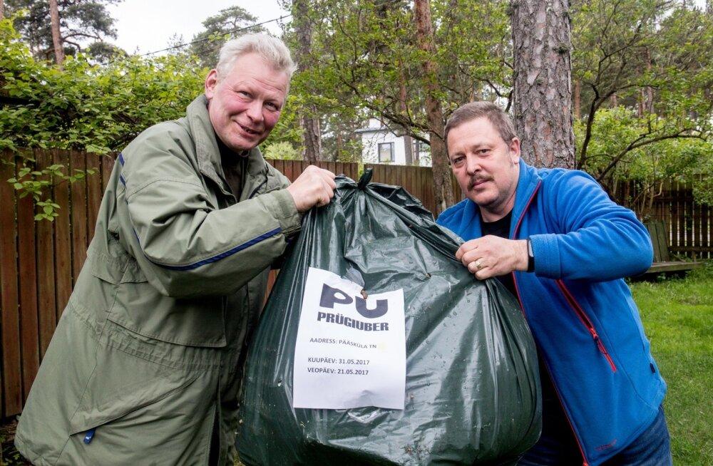 Prügi-Uberi eestvedajad Elmo Ant (vasakul) ja Tiit Kruusalu kavatsevad linnale prügimajanduses abikäe ulatada.