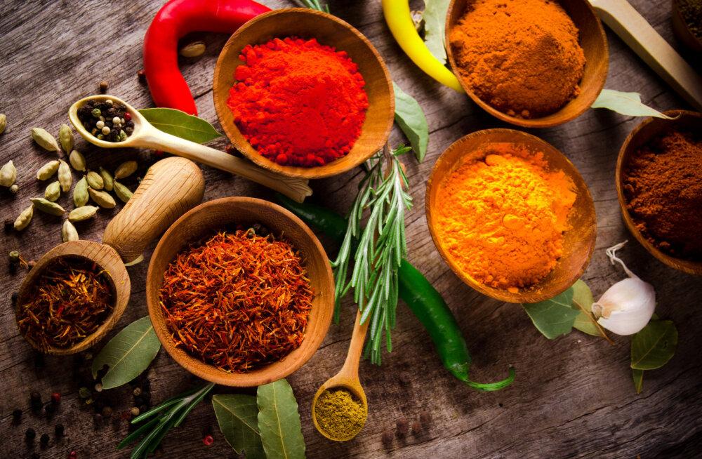 10 retsepti, kuidas maitsetaimede ja vürtsidega tervist turgutada