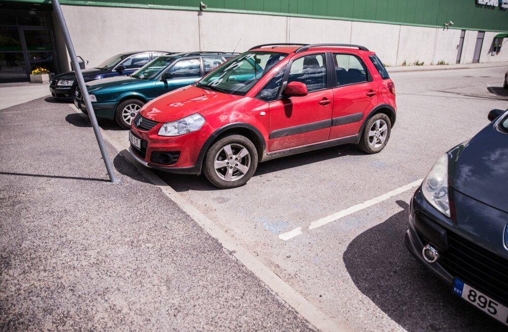 Segadust kortermaja parkimiskohtade jagamisel tekitab asjaolu, kas lähtuda korteriomandi- ja korteriühistuseadusest või asjaõigusseadusest.