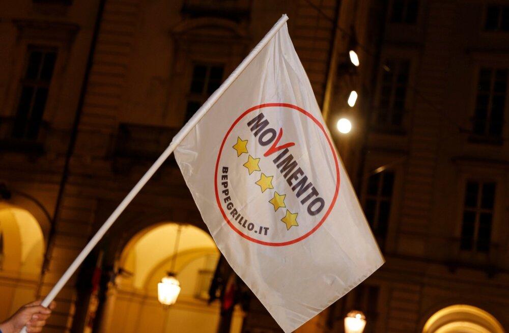 Itaalias jõudu koguv populistlik M5S tahab referendumit euro kasutamise üle