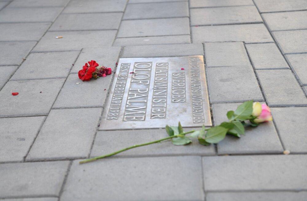 Krimikirjanik Stieg Larsson nägi Olof Palme tapmisel seost kohaliku Eesti Majaga