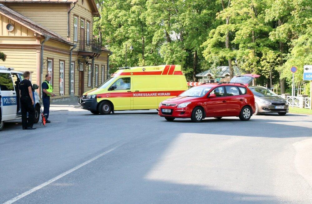 Liiklusõnnetus Kuressaares jalgrattur ja sõiduauto Hyundai
