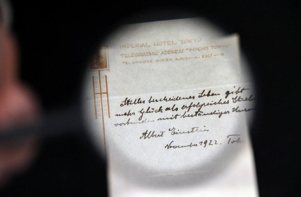 Albert Einsteini õnneteooria ülestähendus müüdi enam kui miljoni dollari eest