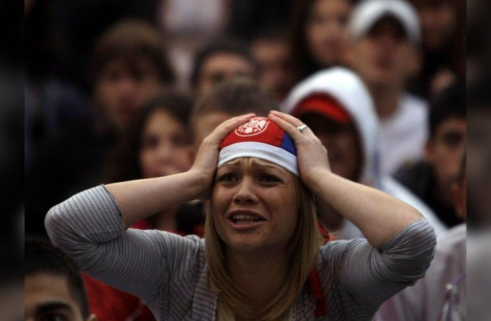 Платини предупредил, что Сербия может быть отстранена от Евро-2012