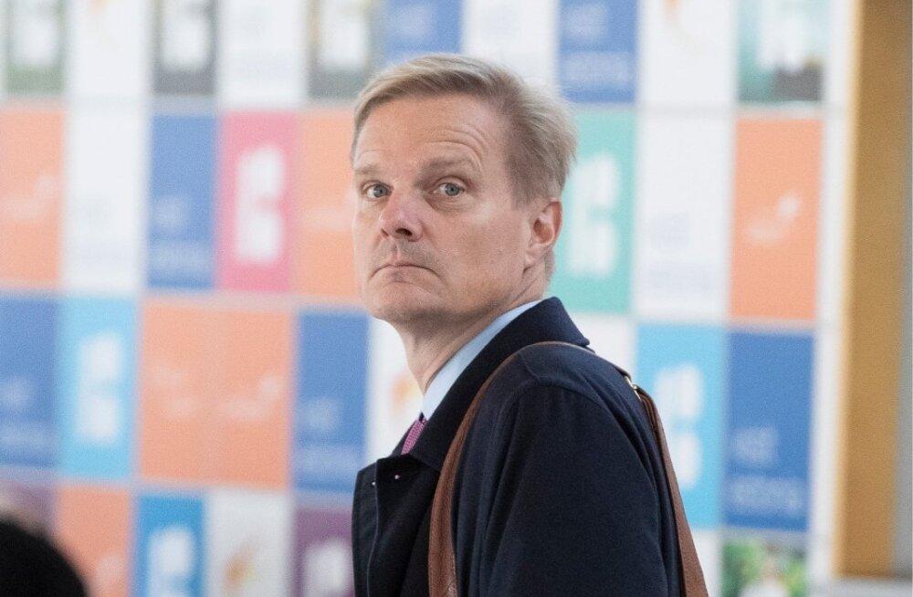 Swedbanki juhtkond saabus Tallinna