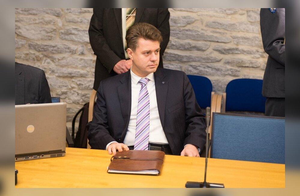 Reinsalu: kui president soovib Facebookis arutleda, eks siis tuleb ka minul konto teha