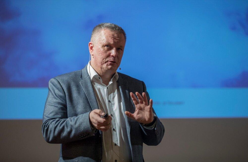 Marek Helm