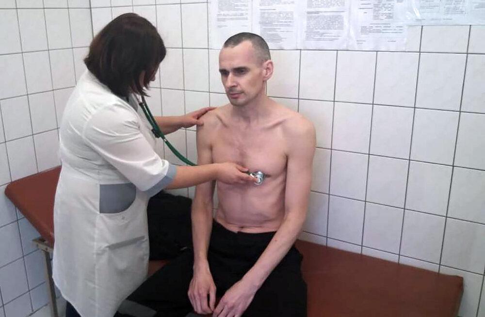 FOTO | Vene vangla näitas neljandat kuud näljastreiki pidavat Oleg Sentsovi