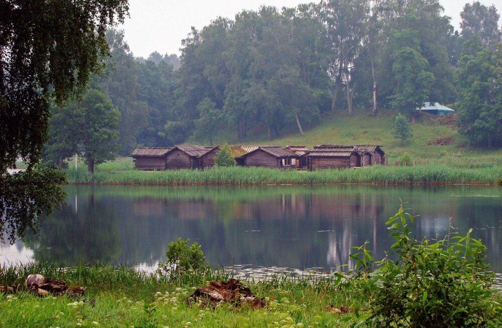 Tundmatu Läti - veinimõisad, ürgorud, Väike Šveits