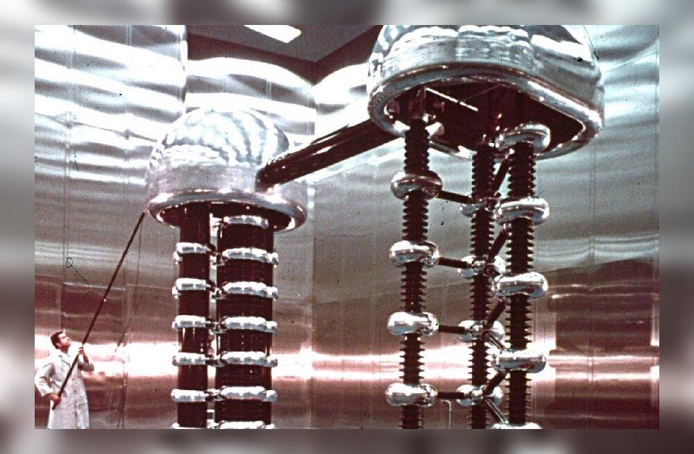 Kuidas muuta liitium heeliumiks? Täna, aastal 1932 saadi sellega hakkama