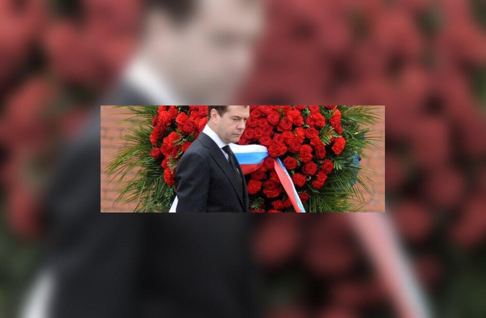 Medvedev austas Nõukogude-Saksa sõja ohvreid