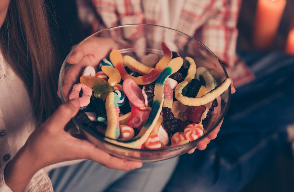 """Sa ei suuda kommidele ja võileibadele """"ei"""" öelda? 7 head toiduainet, mis vabastavad magusaisust ja söömasööstudest"""