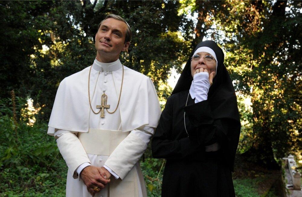 """ETV2 eetris on alates 6. septembrist neljapäeva õhtuti sari """"Noor paavst"""" Jude Law'ga peaosas."""