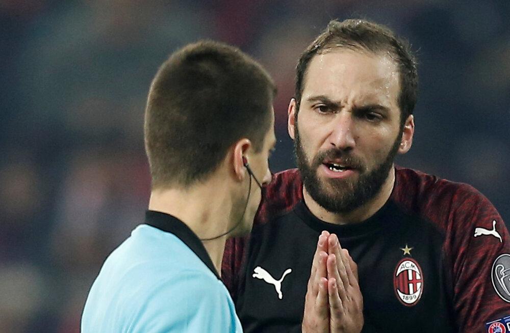 AC Milan langes Euroopa liigast välja, Arsenal pikendas kaotusteta seeriat