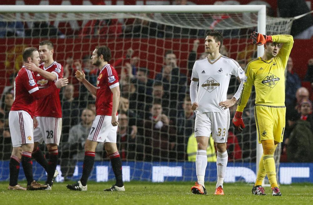 Wayne Rooney naasis väravasoonele ning Unitedi pikk võitudeta seeria leidis viimaks lõpu