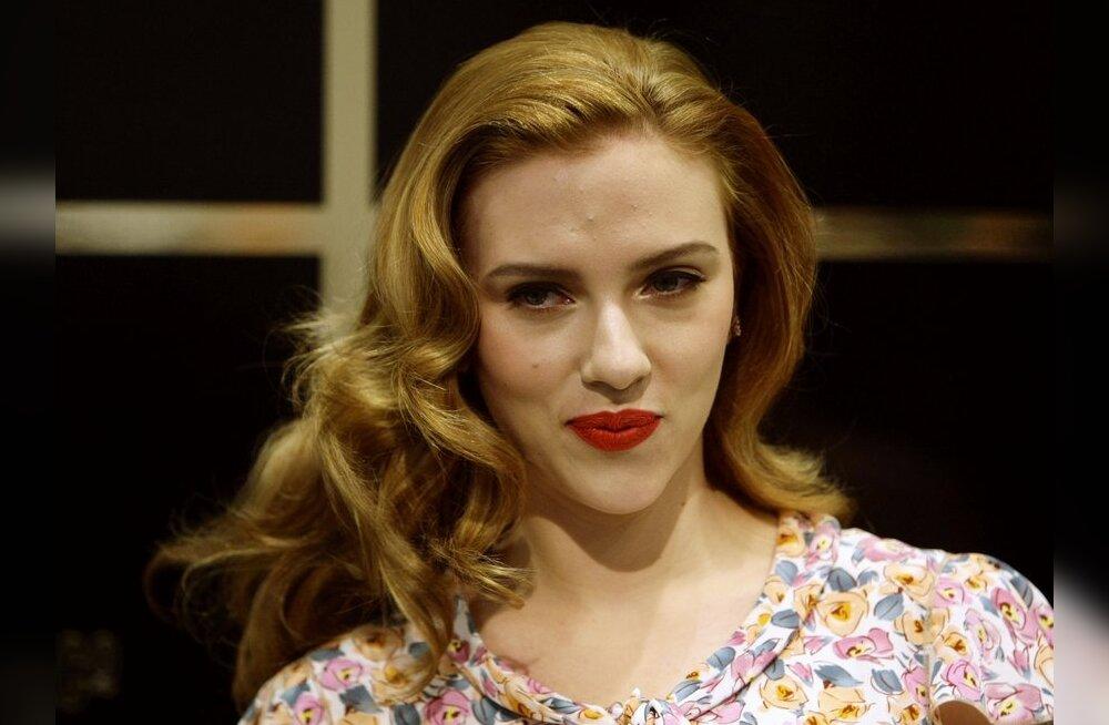 Scarlett Johansson ajab nüüd armuasju näitleja Joseph Gordon-Levittiga