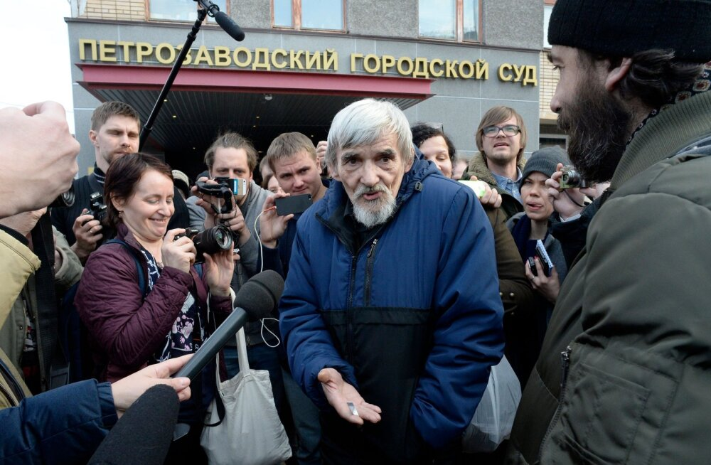 Prokurör nõuab Karjalas Stalini ohvrite massihauad paljastanud ajaloolasele 15-aastast vangistust