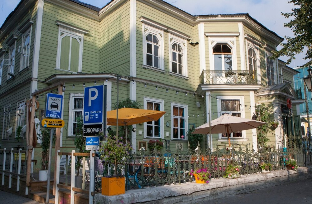 Tallinna ühe populaarsema söögikoha Manna La Roosa töötajal avastati koroonaviirus