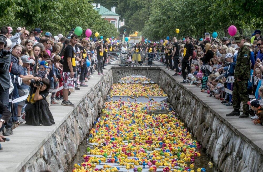 """""""Утиное ралли"""" собрало почти 214 000 евро в поддержку детей, больных раком"""