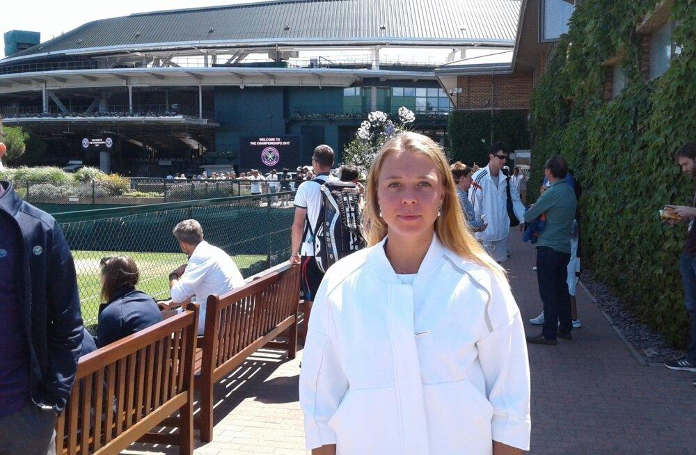 Pöidlad pihku! Anett Kontaveit on enne Wimbledoni heitlusi lootusrikas.