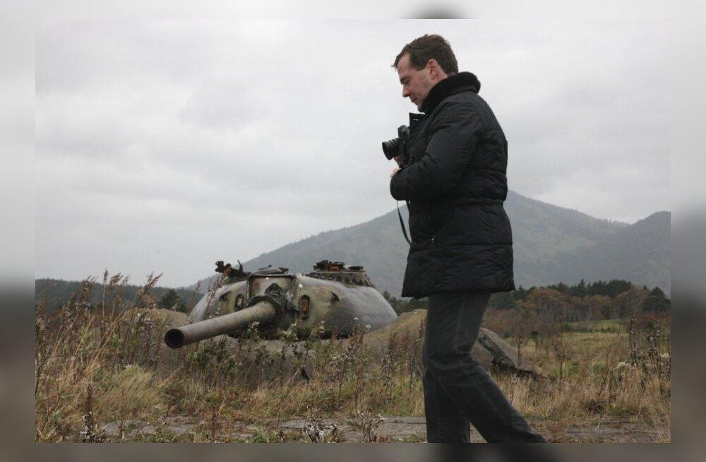 Venemaa ehitab Kuriilidele kaks sõjaväelinnakut