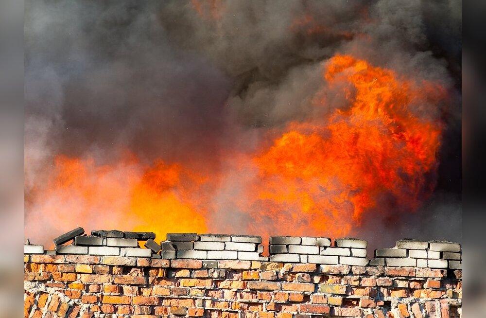 Keenia pealinnas põles üle saja inimese surnuks