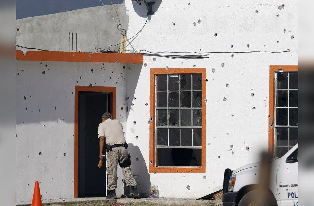 Mehhiko väikelinna politsei jooksis pärast rünnakut <em>in corpore</em> laiali