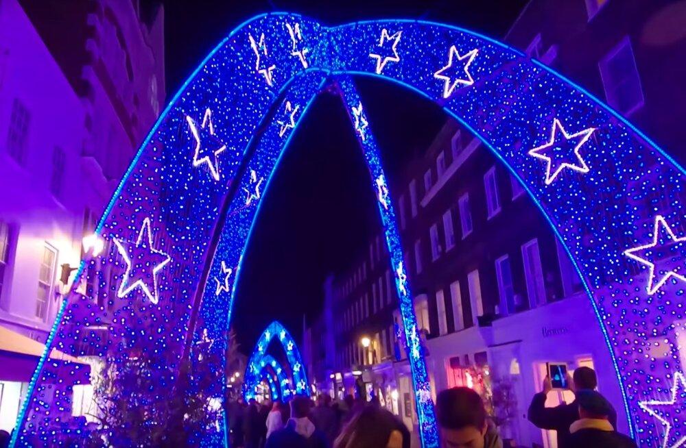 Äge VIDEO | Tahad tunda, et oled Londonis? Jaluta koos meiega läbi jõulutuledes metropoli peatänavate!