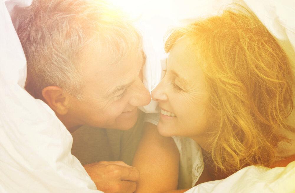 Värske uuring kinnitab: üle 50aastased on arvatust hoopis seiklushimulisemad ja nad ka seksivad väga sageli