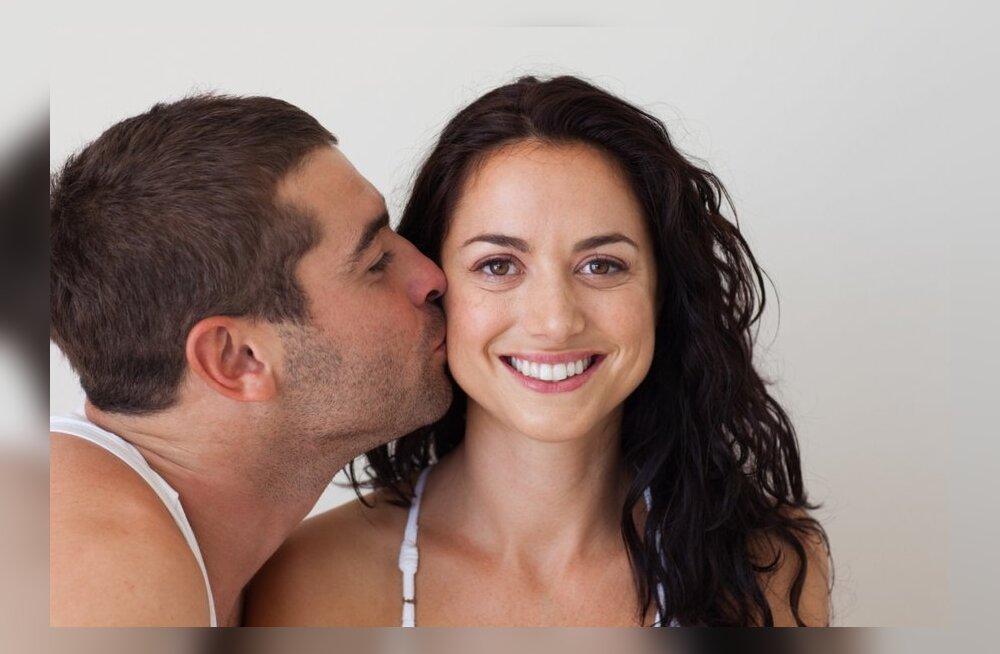 Naine, ole aus — kas oled kunagi orgasmi teeselnud?